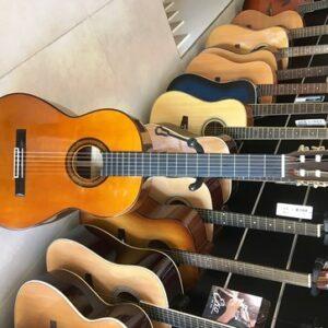 chitarra classica Yamaha G 345 S usata + custodia